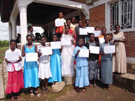 burundi_schule_zeugnisse